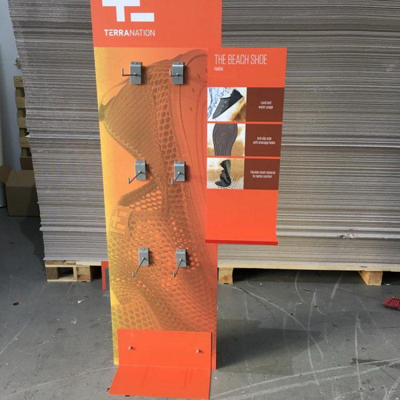 hardboard_stand_49