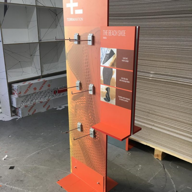 hardboard_stand_50